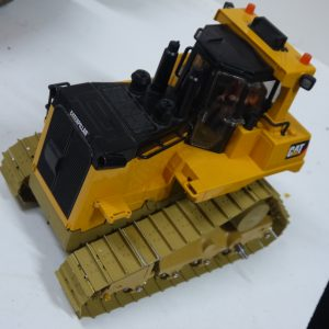 BULLDOZER TOY KIT DT10 MASSSTAB 1:16 - 7 kg