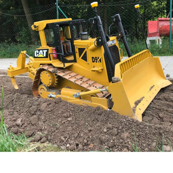 RC bulldozer outlet